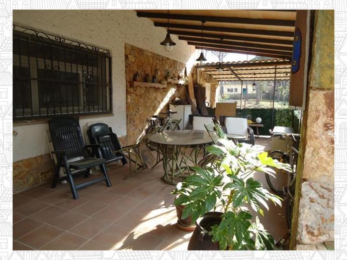Chalet en llagostera en calle mimosa 132360969 fotocasa for Pisos alquiler llagostera
