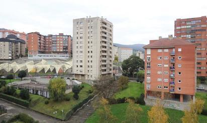 Pisos en venta con terraza en Metro Txurdinaga, Bizkaia