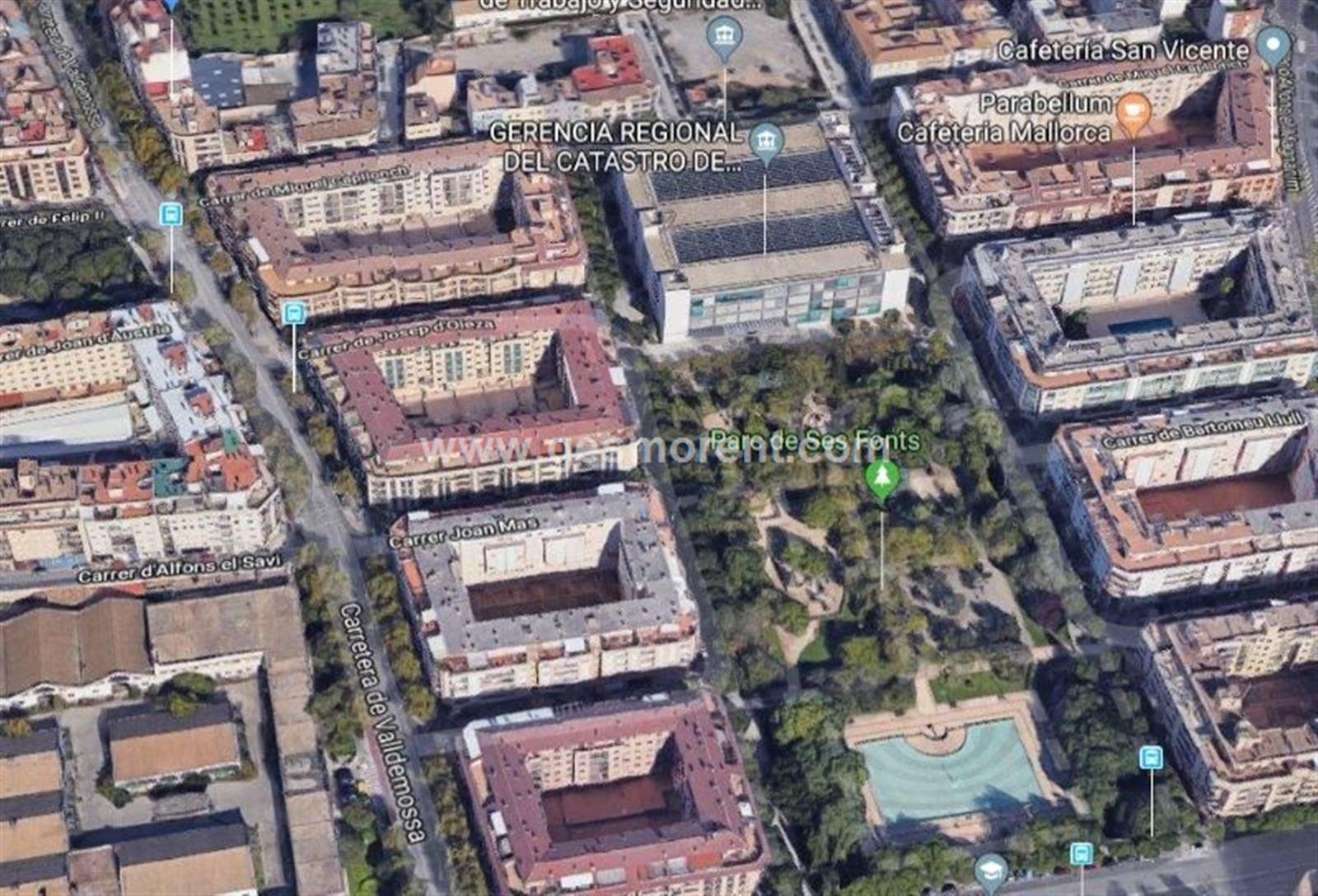 Parking coche  Palma de mallorca - camp redo. Se vende plaza de parking en parc de ses fonts.