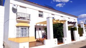 Casa adosada en Venta en Ciudad Jardin Virgen Blanca, 21 / Villablanca
