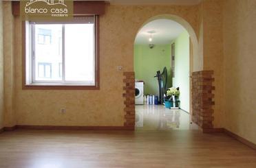 Apartamento en venta en Carballo