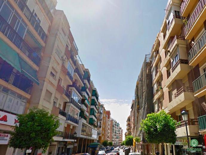 Envíos de cartas o paquetes a Avenida JOSE FARIÑAS en Huelva (21006)