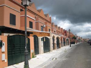 Casa adosada en Alquiler en Bormujos - Zona Avda. Juan de Diego - Parque Municipal / Zona Avda. Juan de Diego - Parque Municipal