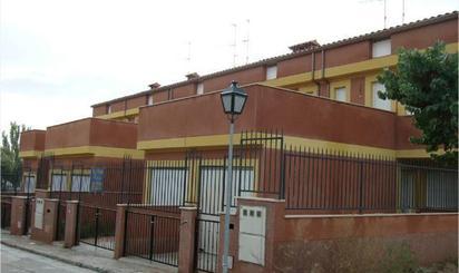 Chalets de alquiler con calefacción baratos en España