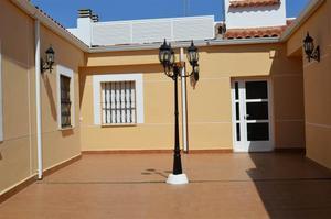 Apartamento en Alquiler en Constitucion, 9 / Villafranca de los Barros
