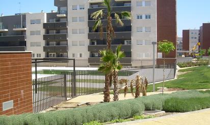 Pisos de alquiler con terraza en Alhendín
