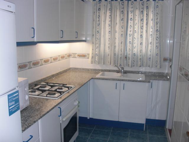Location Appartement  Ceu - seminario. Estudiantes 2 habitaciones 2 baños a/a calefacción gas natural a