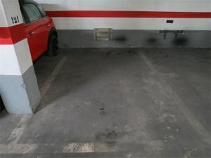 Garaje en Venta en Peris y Valero / L'Eixample
