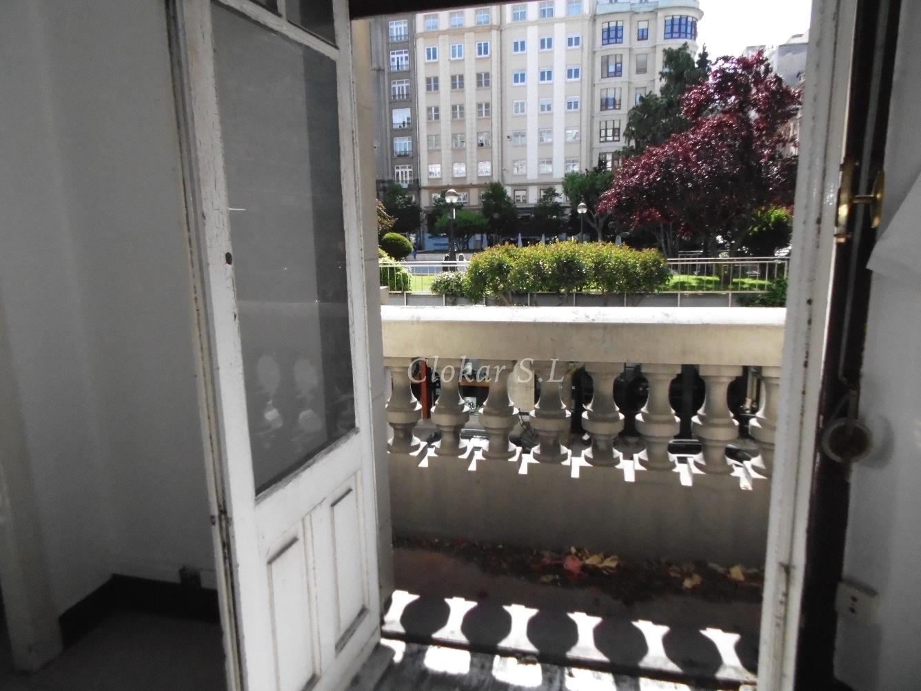 Piso en venta en Plaza Vigo- Federico de Tapia