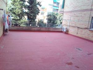 Viviendas en venta con terraza en Granada Capital