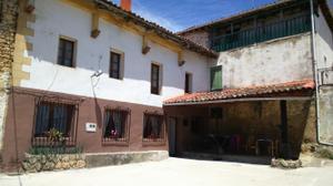 Chalet en Venta en Momediano, 1 / Medina de Pomar