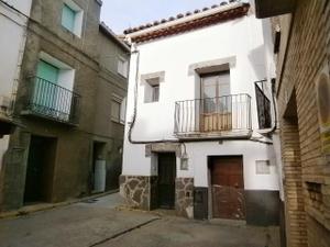 Chalet en Venta en Palafox / Morata de Jalón