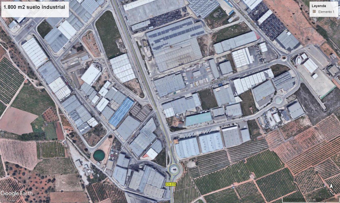 Solar urbà  Poligono industrial  cefiro. Parcela industrial terciaria de 1.800 m2, esquinera a dos calles