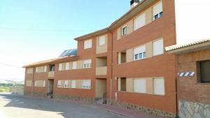 Piso en Venta en Cabezo Castillo / Épila