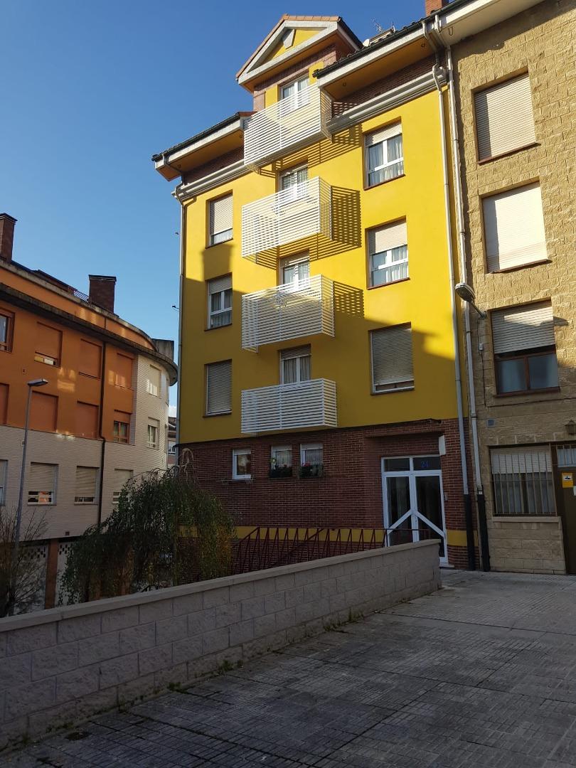 Dúplex en venta en Calle Víctor García de la Concha, Villaviciosa - Amandi