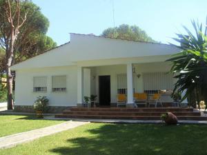 Chalet en Venta en Chiclana de la Frontera ,la Barrosa / Sancti Petri - La Barrosa