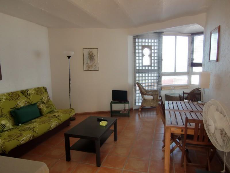 Studio for sale in Urb. El Palmeral