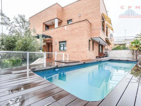 Casas de alquiler Parking en Fuencarral, Madrid Capital