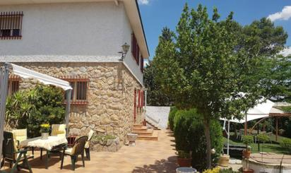 Casa adosada en venta en Villalba Estación