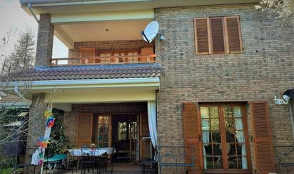 Casa adosada en venta en Becerril de la Sierra