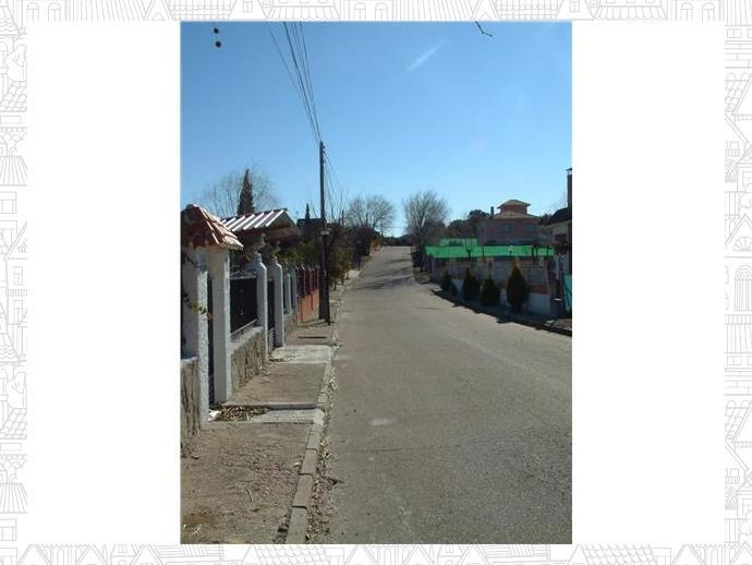 Foto 4 de Terreno en Urbanización Castillo De Buitrago 325 / Escalona