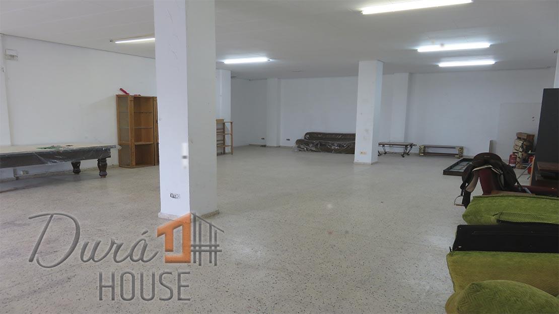 Lloguer Local Comercial  Benaguasil - centro. Oportunidad de bajo comercial de 140m2 en buena zona de benaguas