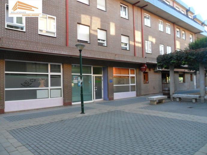 Foto 1 de Local de alquiler en Covaresa, Valladolid