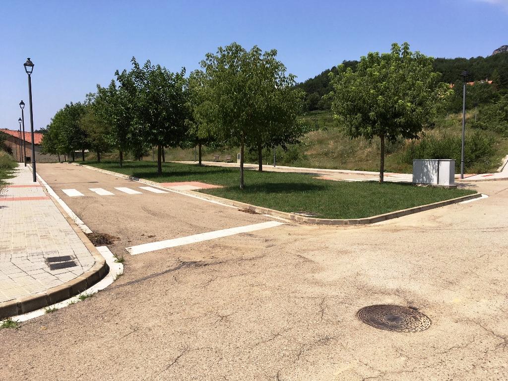 Solar urbà  Carretera la clusa. Parcel.les en venta a Vilada, terreny urbà desde 400m2, a la pro