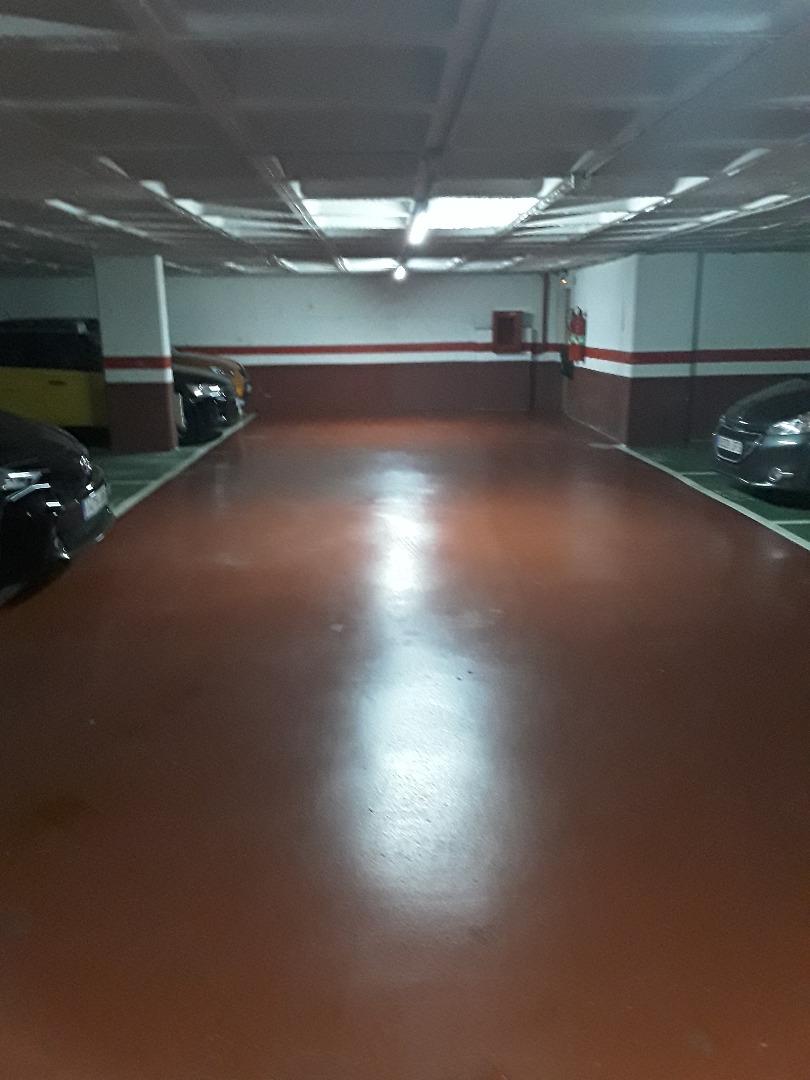 Alquiler Parking coche  Gavà - passeig maragall - plaza libertad - riera de les parets. Plaza de parking en alquiler