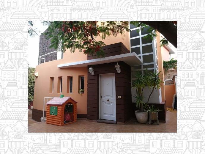 Casa adosada en candelaria en calle hoya molino 145763083 for Amueblar casa completa