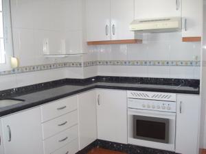 Casa adosada en Alquiler en Riola / Riola