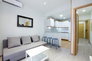 Apartamento en Alquiler en Carrer de Blasco de Garay, 39 / Sants - Montjuïc