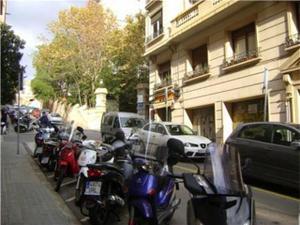 Local comercial en Alquiler en Barcelona Capital / Sarrià - Sant Gervasi