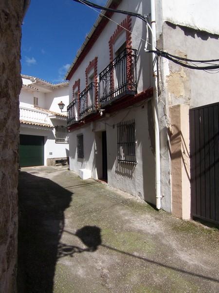 Casa en venta con 180 m2, 5 dormitorios  en Santa María del Tiétar