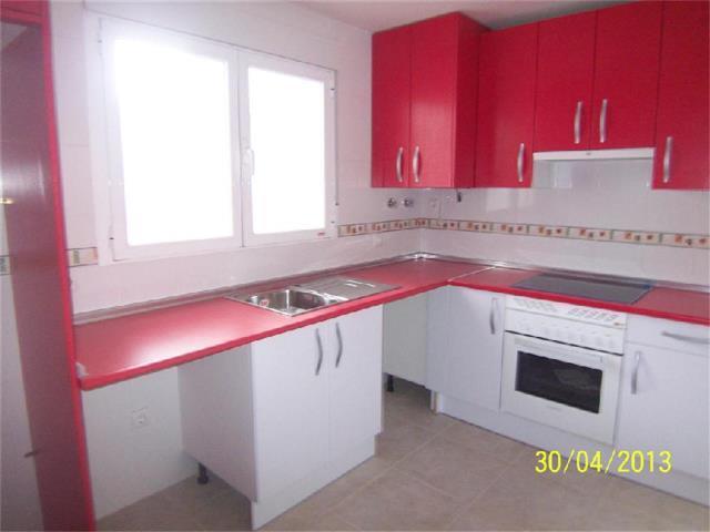 Piso en venta con 90 m2, 3 dormitorios  en Sotillo de la Adrada