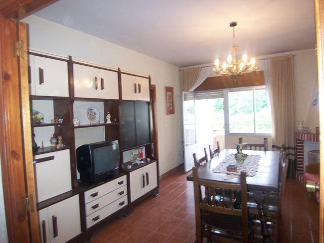 Piso en venta con 81 m2, 3 dormitorios  en La Adrada