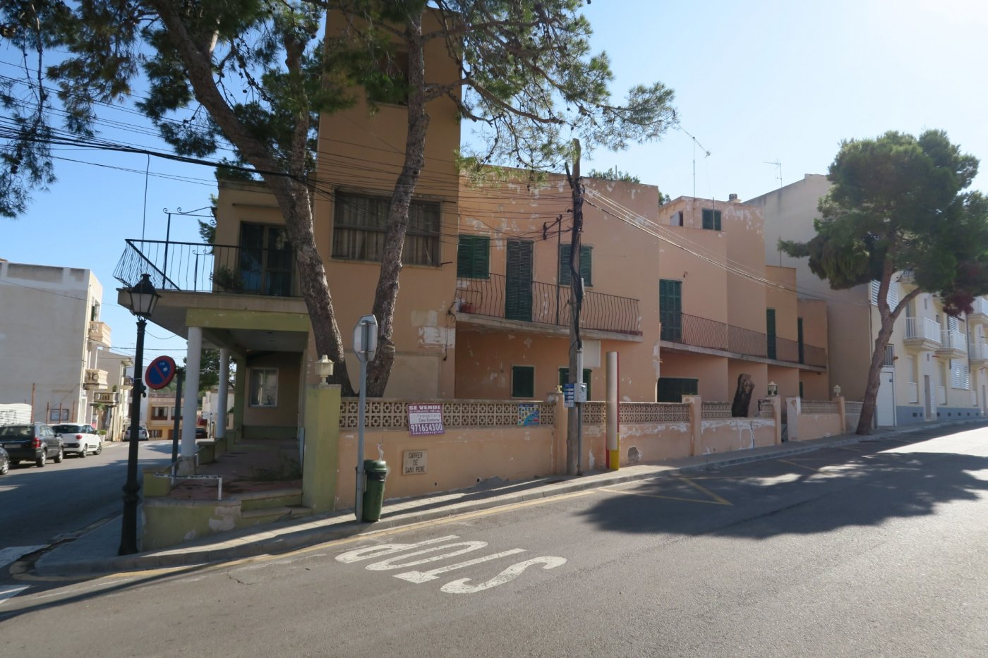 Edificio  Santanyí ,cala figuera. Edificio en cala figuera .